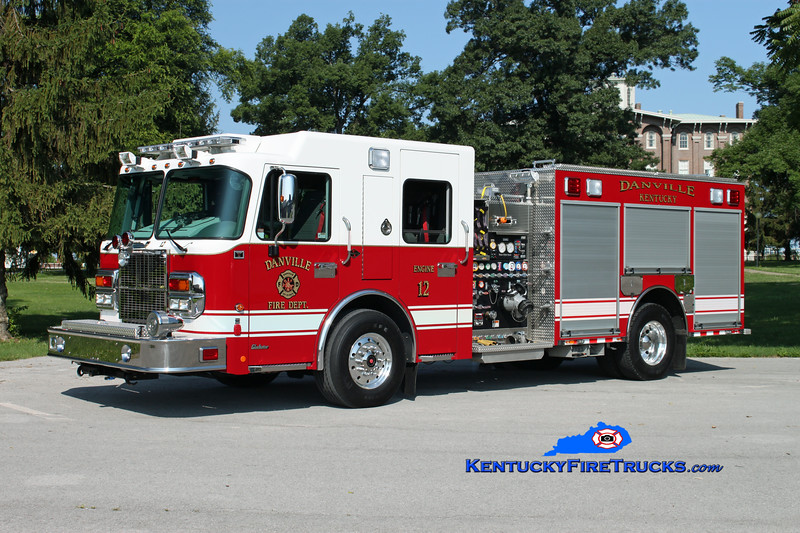 <center> Danville  Engine 12  <br> 2010 Spartan Gladiator/Toyne 1250/500/25 <br> Kent Parrish photo </center>