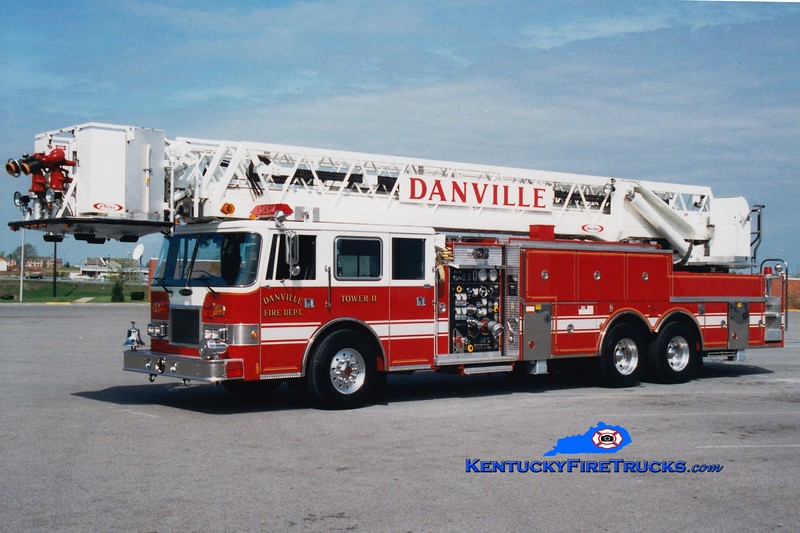 <center> Danville  Tower 11  <br> 1993 Pierce Arrow 1500/300/100'  <br> Greg Stapleton photo </center>