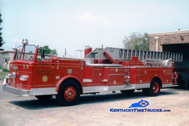 <center> RETIRED <br> Danville  Quint 15  <br> 1964 Pirsch 1000/200/85' <br> Greg Stapleton photo </center>