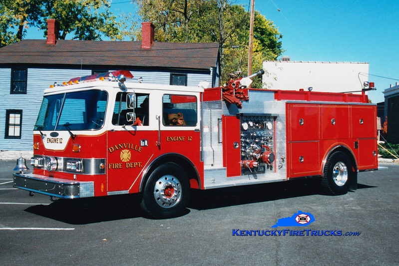<center> RETIRED <br> Danville  Engine 12  <br> 1986 Pierce Arrow  1500/1200 <br> Greg Stapleton photo </center>