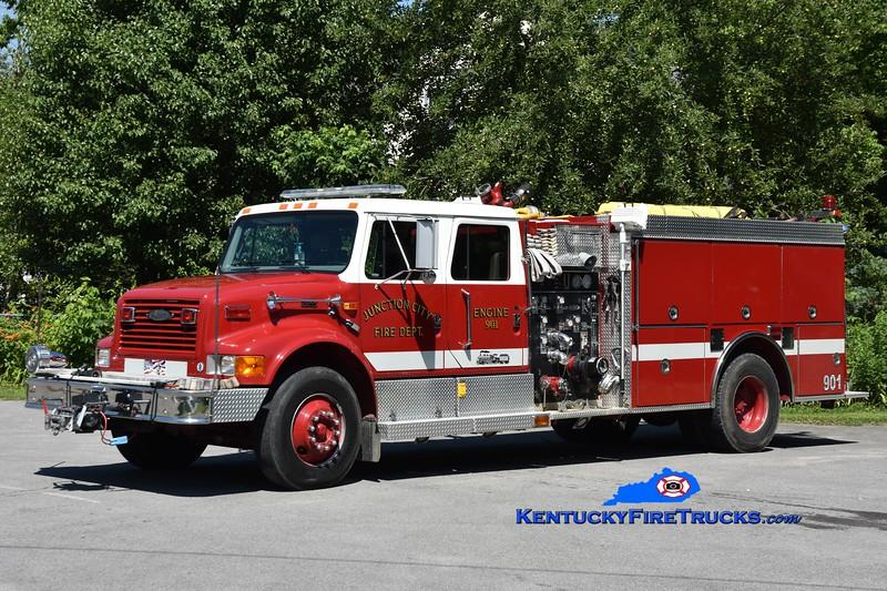 Junction City Engine 901 <br /> x-Engine 9 <br /> 1997 International 4900/Pierce 1250/1000 <br /> Greg Stapleton photo