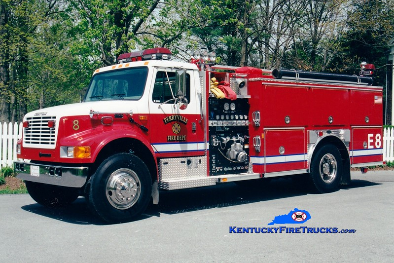 <center> Perryville  Engine 8  <br> 2000 International 4900/E-One 1250/1000 <br> Greg Stapleton photo </center>
