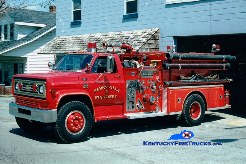 <center> RETIRED <br> Perryville  Engine 1  <br> 1979 Chevy C70/American LaFrance 1000/750 <br> Greg Stapleton photo </center>
