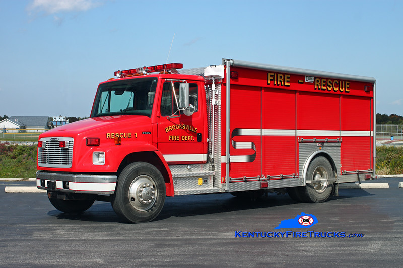 <center> Brooksville  Rescue 1 <br> 2002 Freightliner FL80/Summit <br> Kent Parrish photo <br> </center>