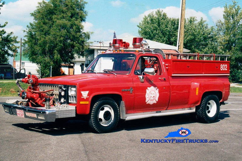 <center> RETIRED <br> Germantown  Engine 802 <br> 1981 Chevy C30/Local 500/350<br> Greg Stapleton photo </center>