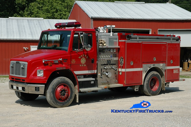 <center> Watts  Engine 950 <br> 2003 Freightliner FL70/E-One 1250/1000 <br> Greg Stapleton photo </center>