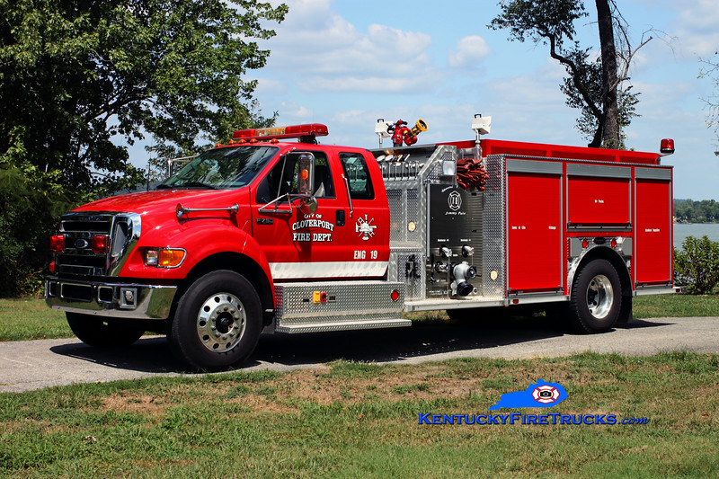 <center> Cloverport  Engine 19 <br> 2006 Ford F-750/American (Bowling Green, KY) 1250/1000 <br> Kent Parrish photo </center>