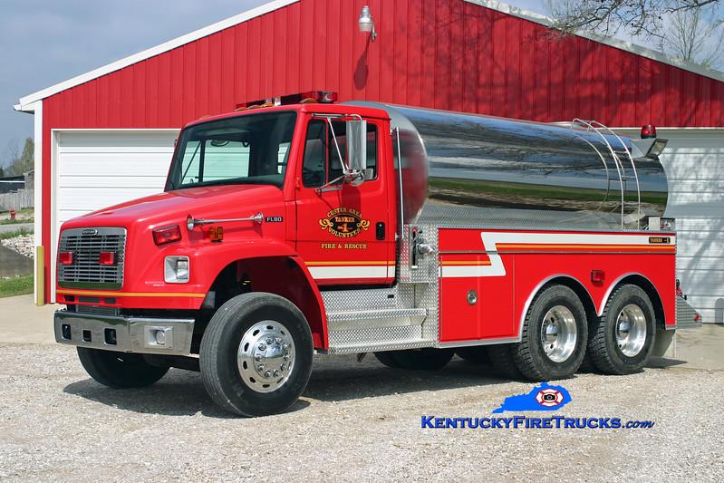 <center> Custer Area  Tanker 1 <br> 2003 Freightliner FL80/Bluegrass 250/2600 <br> Kent Parrish photo </center>