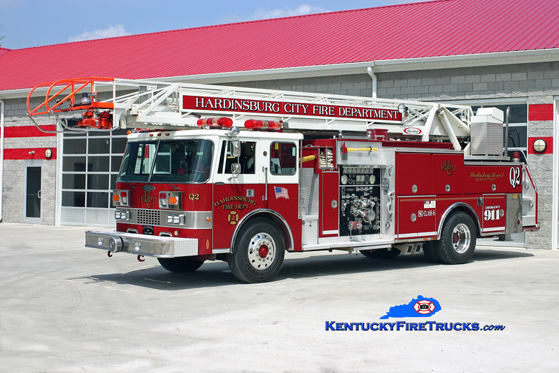 <center> RETIRED <br> Hardinsburg  Quint 145 <br> x-Hutchinson, KS <br> 1988 Pierce Dash 1500/500/75'  <br> Kent Parrish photo </center>