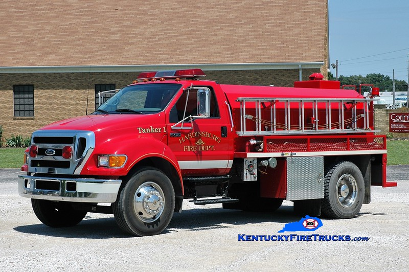 Hardinsburg  Tanker 1<br /> x-McQuady, KY<br /> 2004 Ford F-750/Deep South 450/1800<br /> Greg Stapleton photo