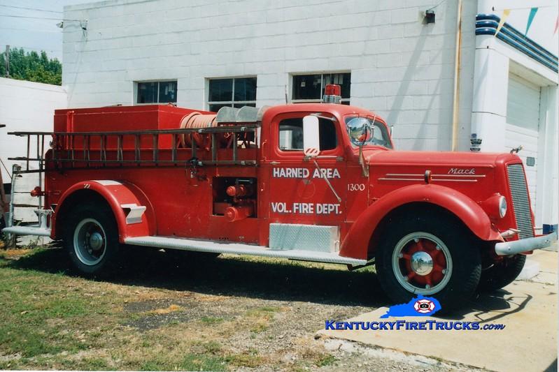 <center> RETIRED <br> Harned  Engine 1300 <br> x-US Army <br> 1947 Mack E 750/1000  <br> Greg Stapleton photo </center>