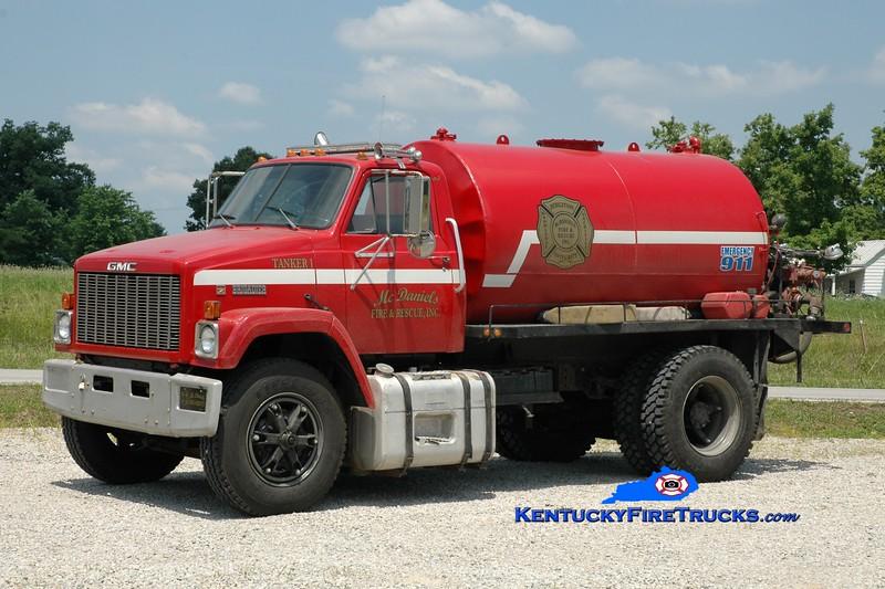 <center> McDaniels  Tanker 1 <br> 1984 GMC Brigadier/Local 250/1500 <br> Greg Stapleton photo </center>