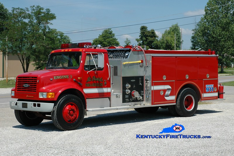 <center> McDaniels  Engine 1 <br> x-Unionville, NC <br> 1989 International 4900/Pierce 1250/1000 <br> Greg Stapleton photo </center>
