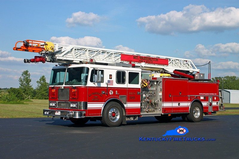 <center> Mt Washington  Truck 3153 <br> x-Lincolnshire-Riverwoods, IL <br> 1996 Seagrave Marauder 1500/500/100' <br> Kent Parrish photo </center>