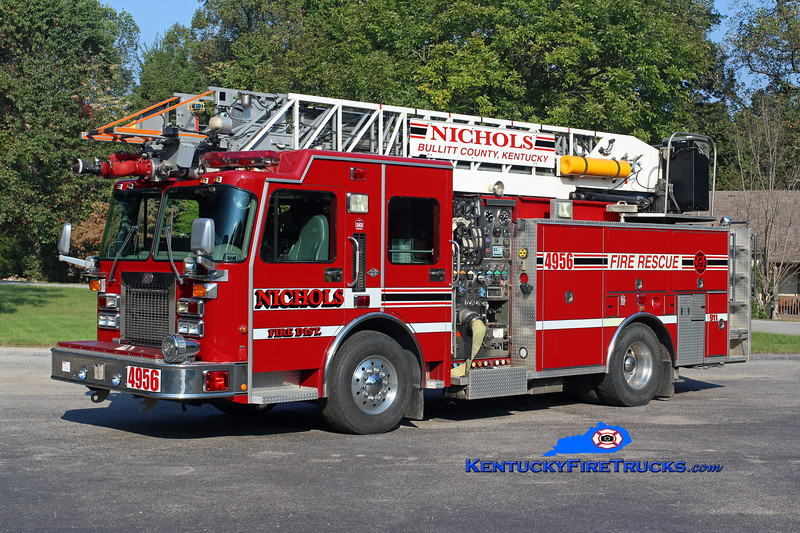 RETIRED<br /> Nichols  Quint 4956<br /> x-Harrods Creek, KY<br /> 2000 Spartan Gladiator/3D/Aerial Innovations 1500/500/75'<br /> Kent Parrish photo