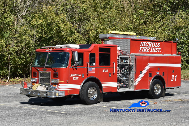 Nichols Engine 4931<br /> x-Clarksville, IN<br /> 2002 Pierce Dash 1500/750<br /> Greg Stapleton photo