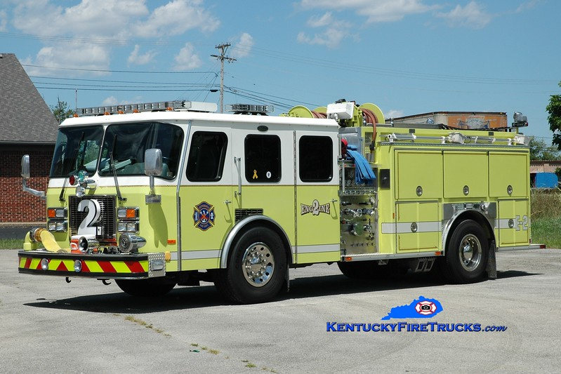 <center> RETIRED <br> Shepherdsville Engine 2 <br> x-Eddington FC, Bensalem Twp, PA <br> 1993 E-One Cyclone TC 1250/750 <br> Glider rebuild of 1978 Ward LaFrance <br> Greg Stapleton photo </center>