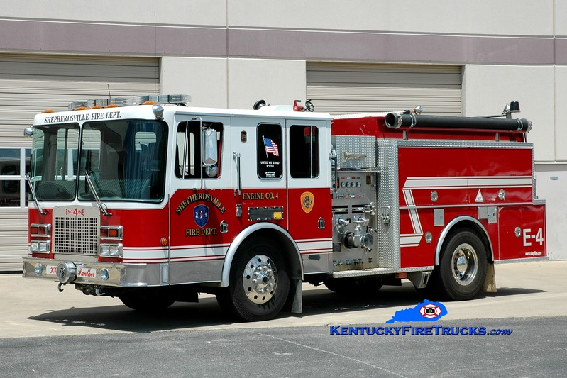 <center> Shepherdsville Engine 4 <br> 1993 HME/KME 1250/1000 <br> Greg Stapleton photo </center>
