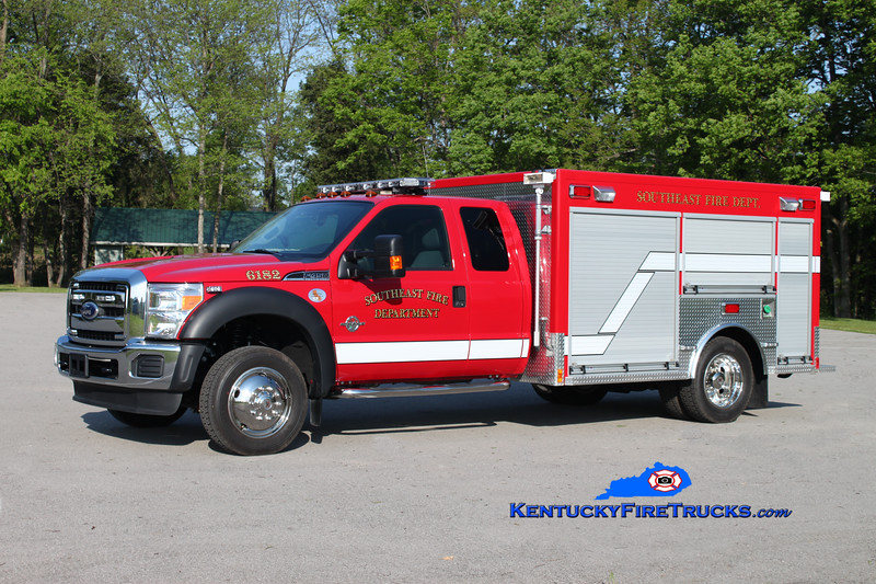 <center> RETIRED <br> Southeast Bullitt Rescue 6182 <br> 2011 Ford F-550 4x4/Freedom Fire <br> Kent Parrish photo </center>