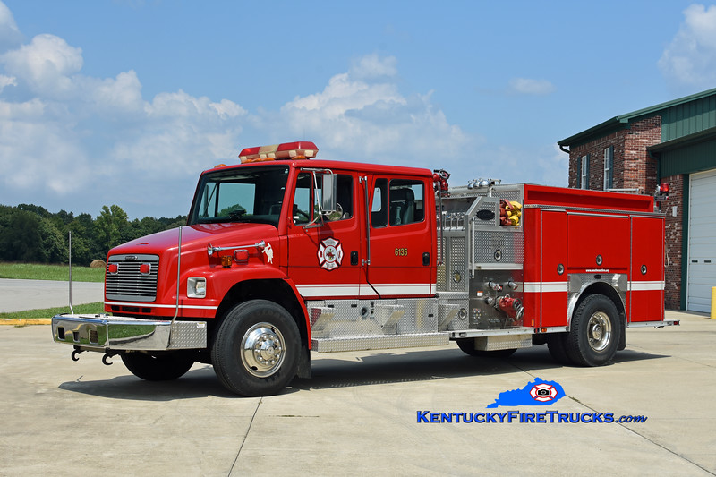 Southeast Bullitt Engine 6135<br /> x-Richmond, KY<br /> 1999 Freightliner FL80/E-One 1250/1000<br /> Kent Parrish photo