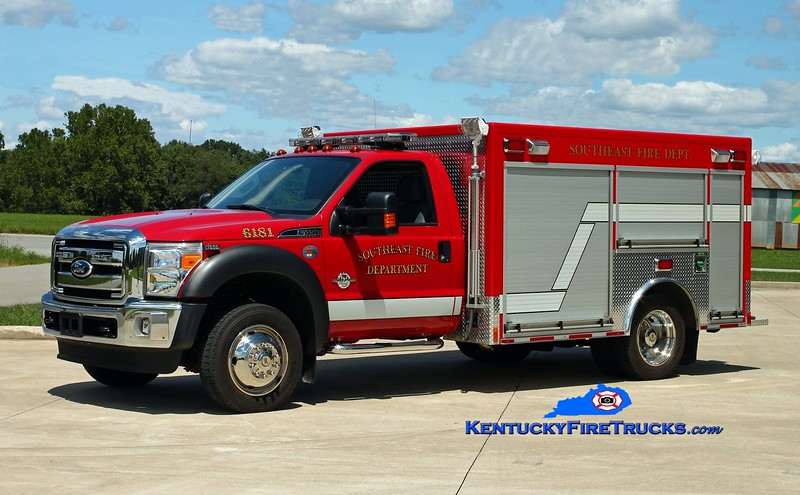 <center> Southeast Bullitt  Rescue 6181 <br> 2011 Ford F-450 4x4/Freedom Fire <br> Kent Parrish photo </center>