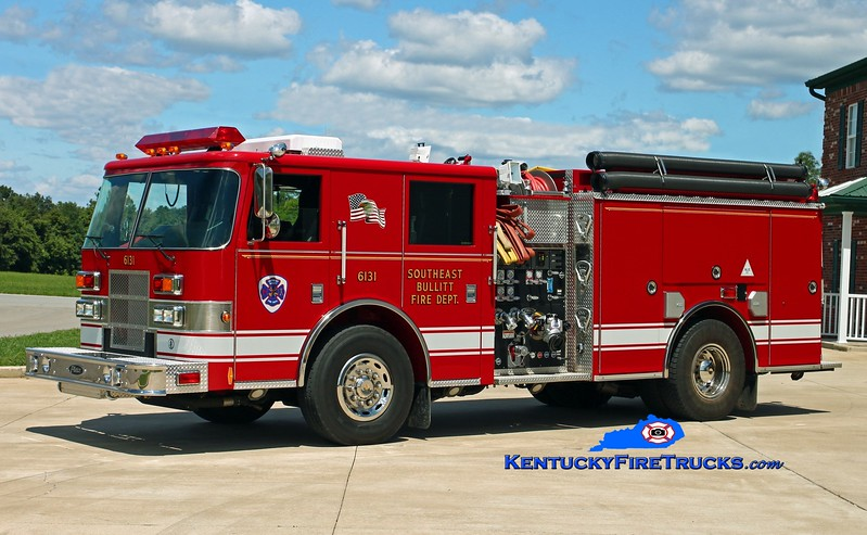 <center> Southeast Bullitt Engine 6131 <br> 2003 Pierce Contender 1250/1000 <br> Kent Parrish photo </center>