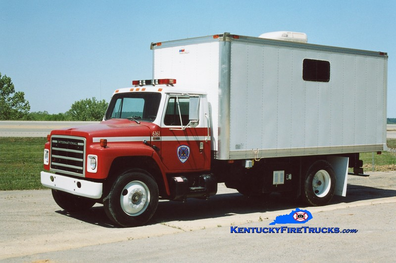 RETIRED <br /> Southeast Bullitt Command Post  6161 <br /> 1989 International S-1700/Modern Wagon <br /> Kent Parrish photo
