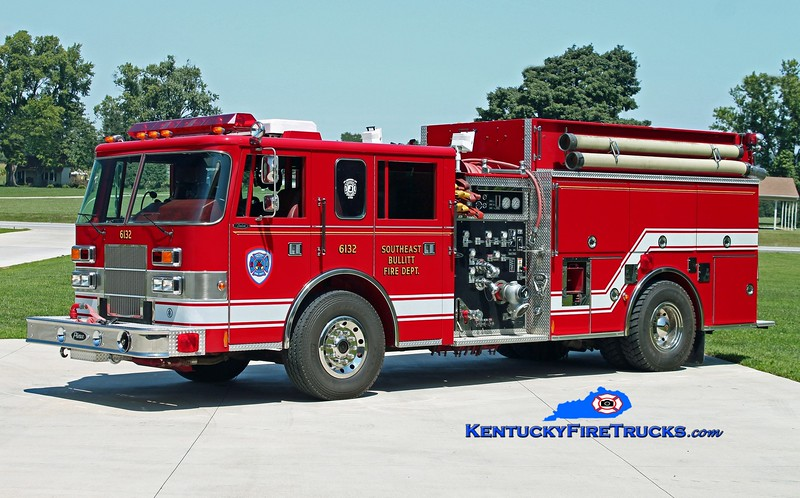 <center> Southeast Bullitt Engine 6132 <br> 1996 Pierce Saber 1250/1500 <br> Kent Parrish photo </center>