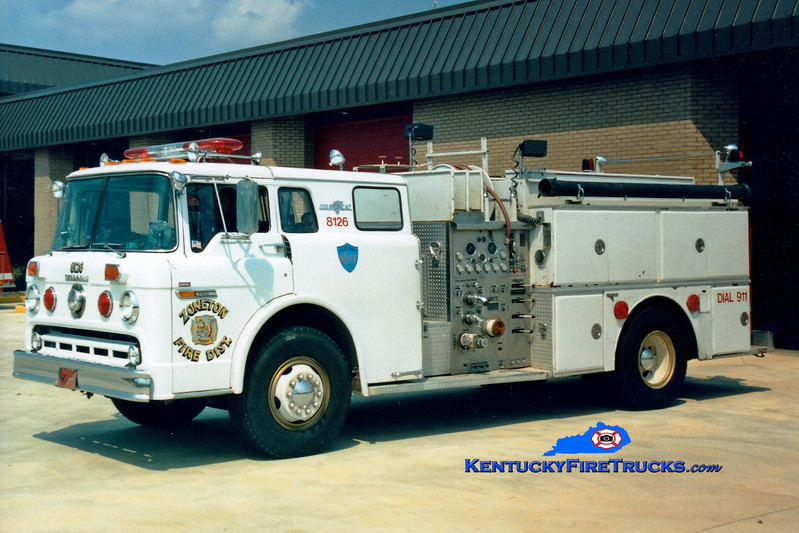 <center> RETIRED <br> Zoneton Engine 8126 <br> 1980 Ford C-8000/Grumman 1000/1000 <br> Greg Stapleton photo </center>
