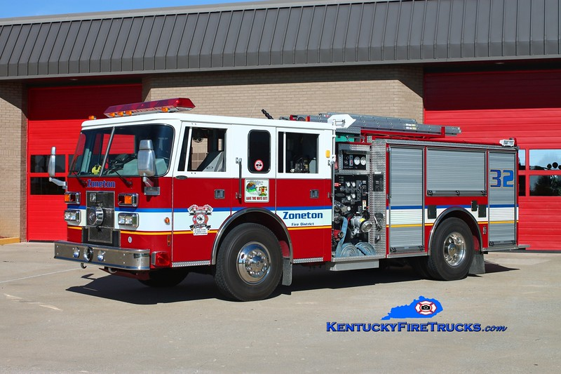 <center> RETIRED <br> Zoneton Engine 8132 <br> 1996 Pierce Saber 1500/750 <br> Kent Parrish photo </center>
