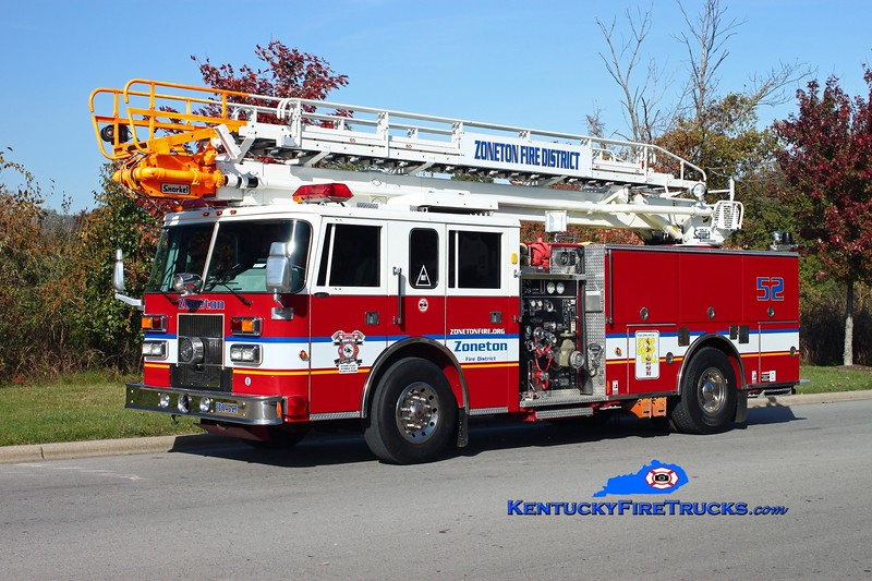 <center> Zoneton  TeleSqurt 8152 <br> 1996 Pierce Saber 1500/500/65' TeleSqurt  <br> Kent Parrish photo </center>