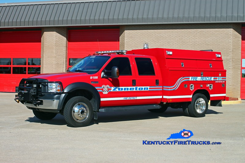 <center> RETIRED <br> Zoneton  Rescue 8188 <br> x-Harrods Creek, KY <br> 2005 Ford F-450 4x4/Reading-Manning  <br> Kent Parrish photo </center>