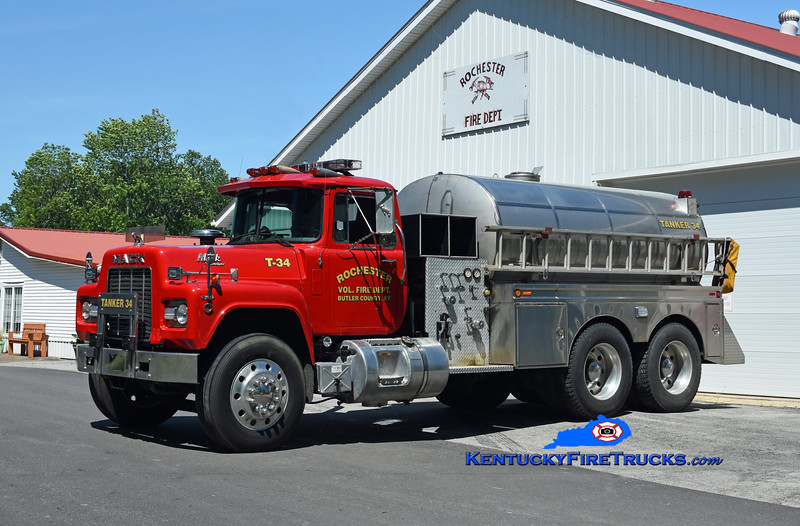 Rochester Tanker 34<br /> 1989 Mack R/Browns Valley 250/3000<br /> Kent Parrish photo