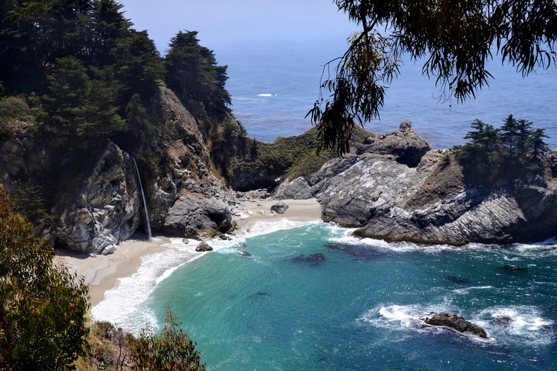 McWay Falls at Julia Pfeiffer Burns State Park, Big Sur, California.