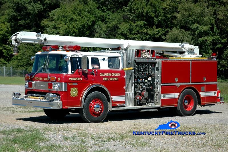 <center> RETIRED <br> Calloway County  TeleSqurt 1 <br> x-Laurel Springs, NJ; x-Pumper 9 <br> 1986 Ford C-8000/Grumman 1250/500/50'  <br> Greg Stapleton photo </center>