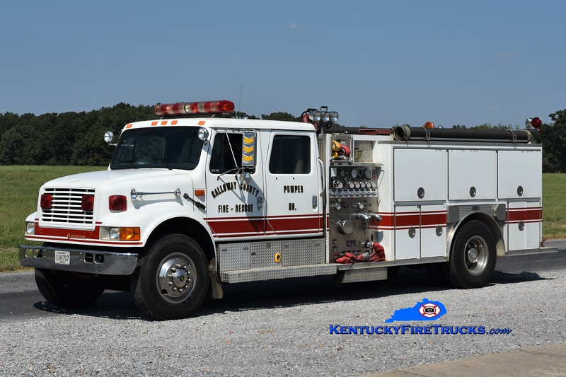 Calloway County Pumper 8<br /> x-Pumper 1 and 5 <br /> 1992 International 4900/E-One<br /> 1250/1000<br /> Greg Stapleton photo