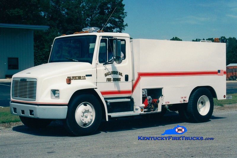 Calloway County Tanker 4<br /> x-Tanker 111, 11, and 7<br /> 1996 Freightliner FL70/Local 0/1900 <br /> Greg Stapleton photo