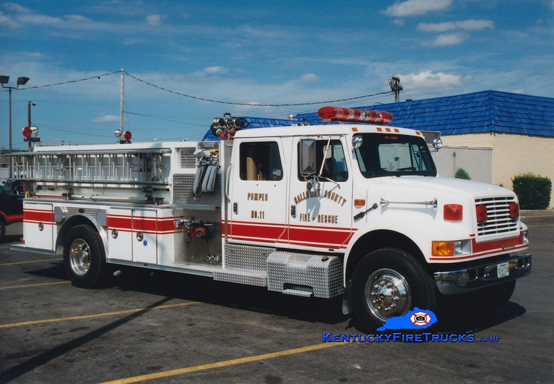 Calloway County Pumper 11<br /> x-Pumper 111 <br /> 1992 International 4900/E-One 1250/500<br /> Greg Stapleton photo