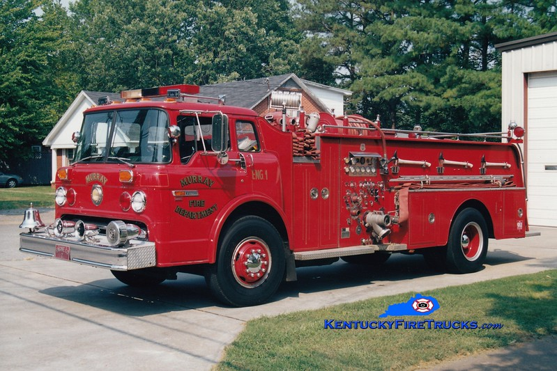<center> RETIRED <br> Murray  x-Engine 1 <br> 1985 Ford C-8000/1969 Howe 1000/500 <br> Greg Stapleton photo </center>