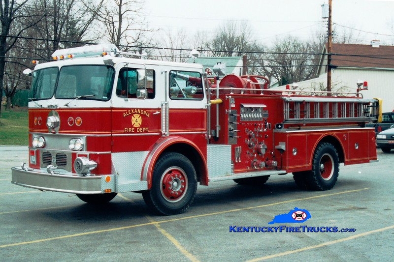 <center> RETIRED <br> Alexandria  Engine 104  <br> 1972 Duplex/Howe 1000/750 <br> Greg Stapleton photo </center>