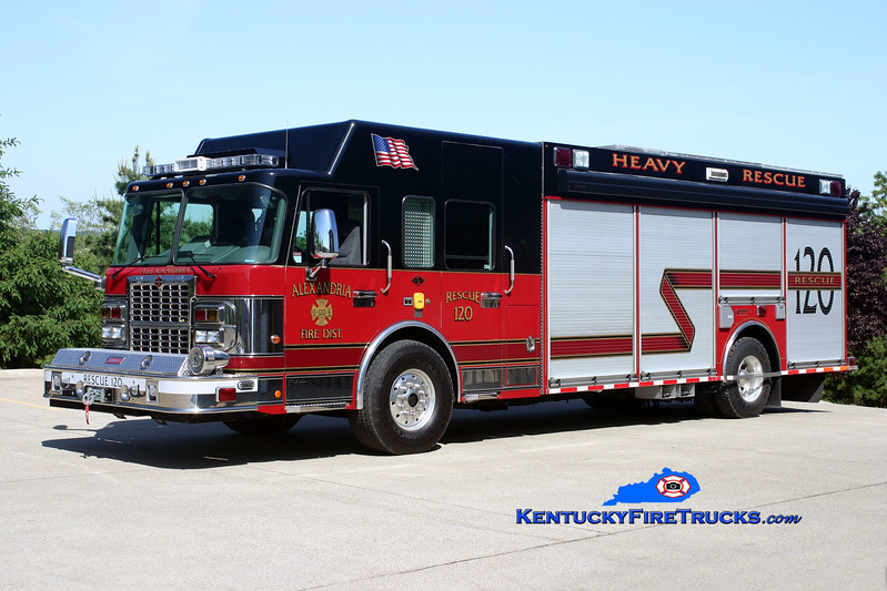 <center> Alexandria  Rescue 120  <br> 2009 Spartan Gladiator/Summit <br> Kent Parrish photo </center>