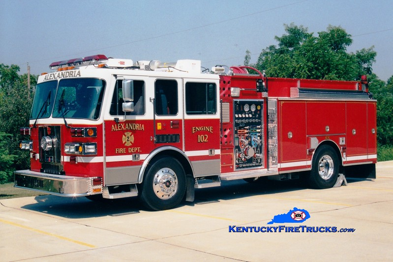 <center> Alexandria  Engine 102  <br> 2002 Sutphen 1500/1000 <br> Greg Stapleton photo </center>