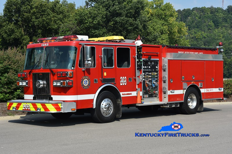 Bellevue-Dayton  Engine 203<br /> x-Dayton, KY<br /> 1997 Sutphen Deluge 2000 1500/750<br /> Greg Stapleton photo