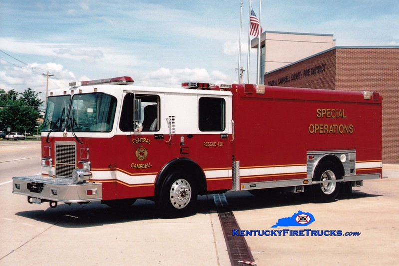 <center> RETIRED <br> Central Campbell  Rescue 720/420  <br> Formerly with the Highland Heights FD <br> 1997 Spartan Advantage/Hackney <br> Greg Stapleton photo </center>