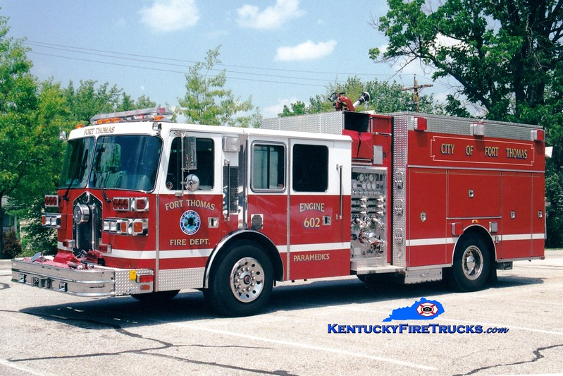 <center> Fort Campbell  Engine 602  <br> 1993 Sutphen 1250/750 <br> Greg Stapleton photo </center>