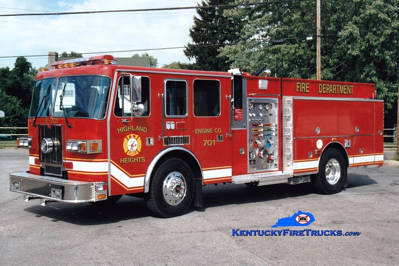 <center> Highland Heights  Engine 701  <br> Presently with Central Campbell FD <br> 1997 Sutphen 1500/750 <br> Greg Stapleton photo </center>