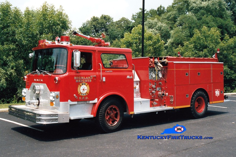 <center> NO LONGER IN SERVICE <br> Highland Heights  Engine 701  <br> x-FDNY <br> 1971 Mack CF/1982 Summit 1000/750 <br> Greg Stapleton photo </center>