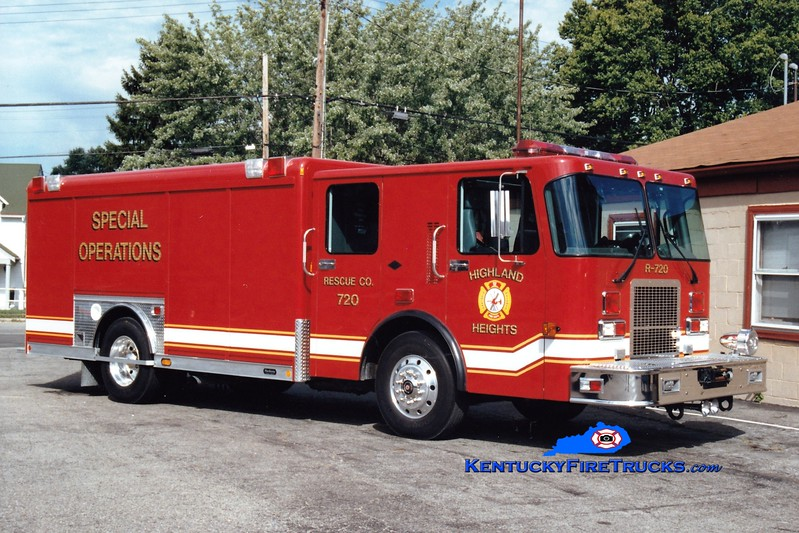 <center> NO LONGER IN SERVICE <br> Highland Heights  Rescue 720  <br> 1997 Spartan/Hackney <br> Greg Stapleton photo </center>
