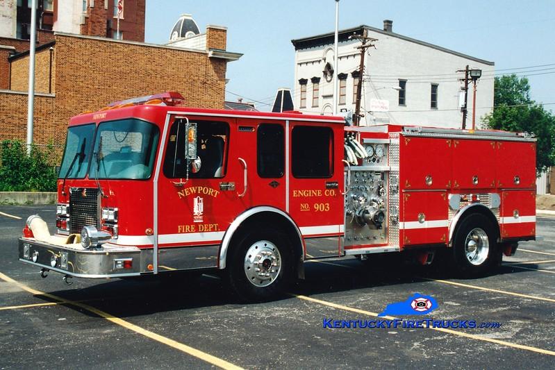 <center> Newport  Engine 901  <br> x-Engine 903 <br> 1996 Spartan/Ferrara 1500/750  <br> Greg Stapleton photo </center>