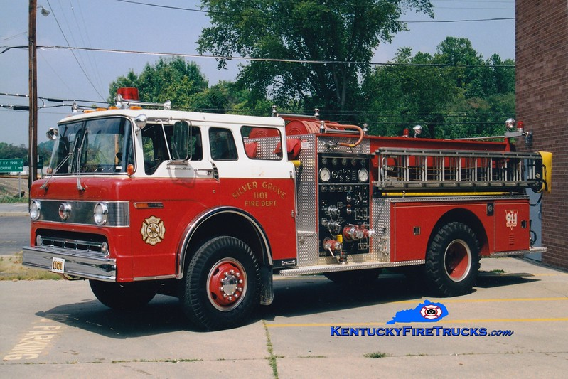 <center> RETIRED <br> Silver Grove  Engine 1101  <br> 1982 Ford/Pierce 1000/750 <br> Greg Stapleton photo </center>